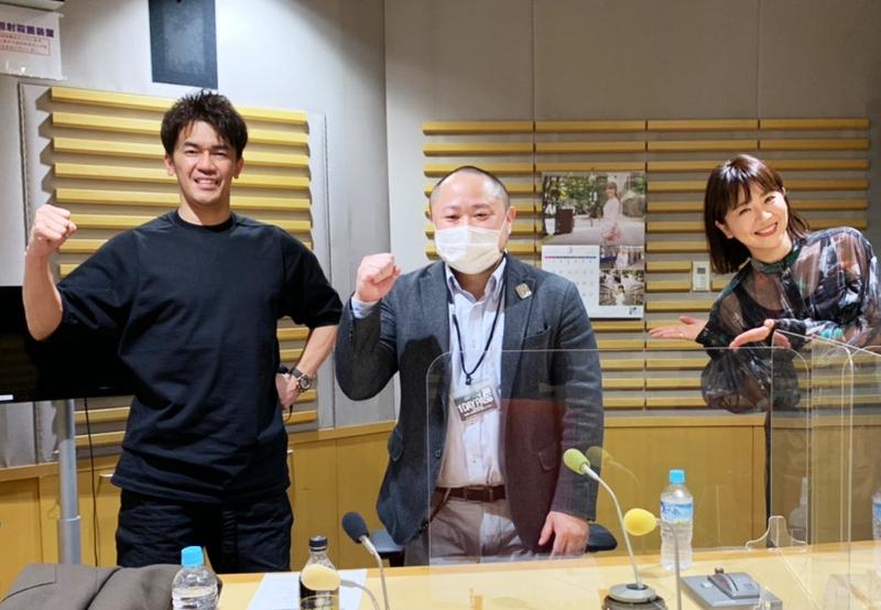 武井壮さん(左)、大橋未歩さん(右)、代表・初瀬勇輔(中央)