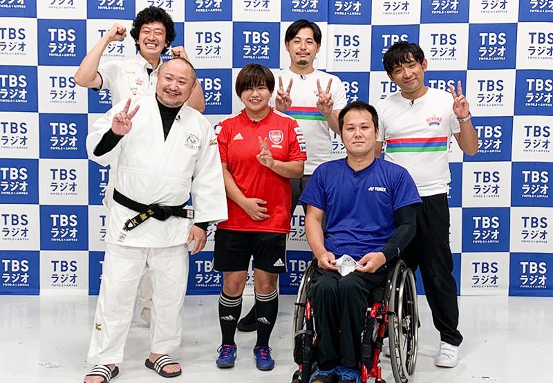 みんなのたかみちさん(左上)、アルコ&ピースの平子祐希さん、酒井健太さん(右上)、代表・初瀬勇輔(左下)、菊島宙さん(中央)、島田務さん(右下)
